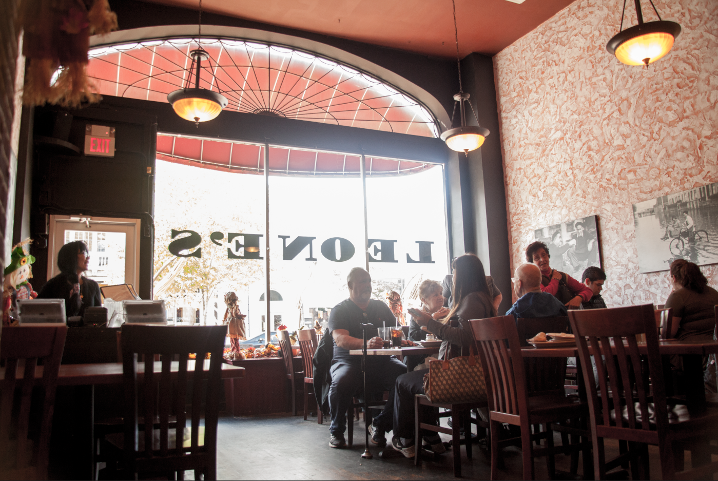 Leone S Pizzeria Restaurant Catering Montclair Nj Italian Resturant